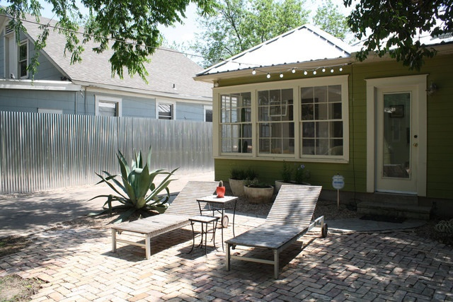 corrugated metal fence, cool patio with pavers.: Metal Fences, Sean Color, Corrugated Fence, Country House,  Terraces, Corrugated Metals Fence, Patio, Backyard, Living Ideas