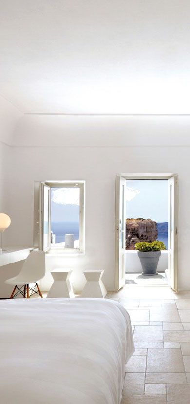 Grace Santorini, a luxury hotel in Greece http://www.mediteranique.com/hotels-greece/santorini/grace-santorini/