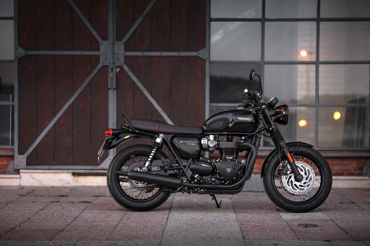 La Triumph Bonneville T 120 Black en 34 photos - Moto Journal