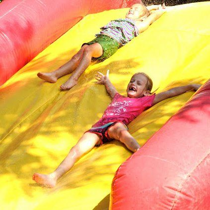 A Wet and Wild Wipeout Party