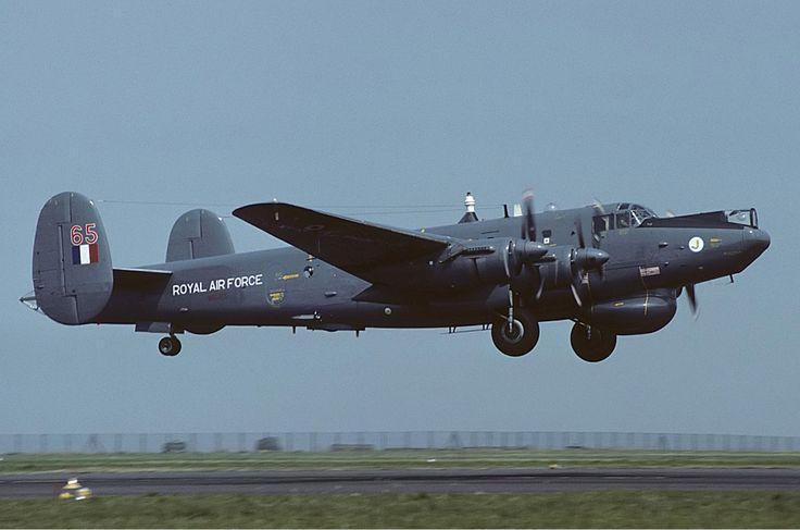 zainisaari: Royal Air Force Avro 696 Shackleton AEW2 @ Newquay Cornwall Airport10 August 1983Mike Freer