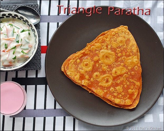 Triangle paratha recipe - Triangle roti recipe - spicy version! - With step by step pictures for easy understanding.