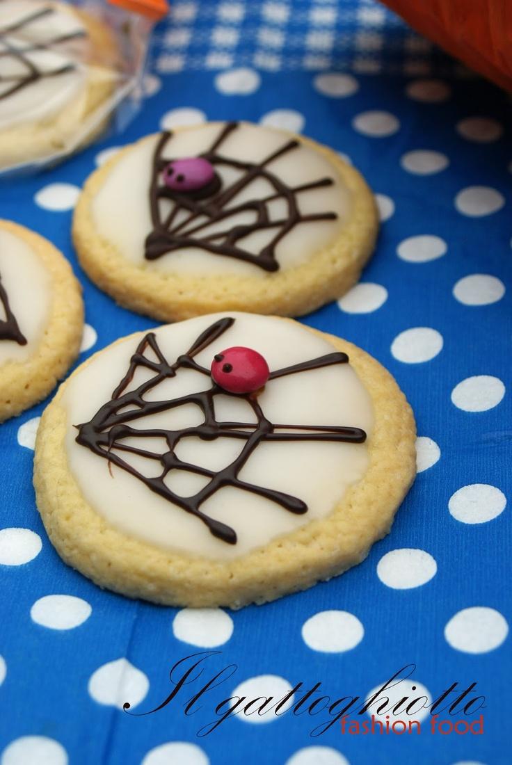 cute spiderweb cookies