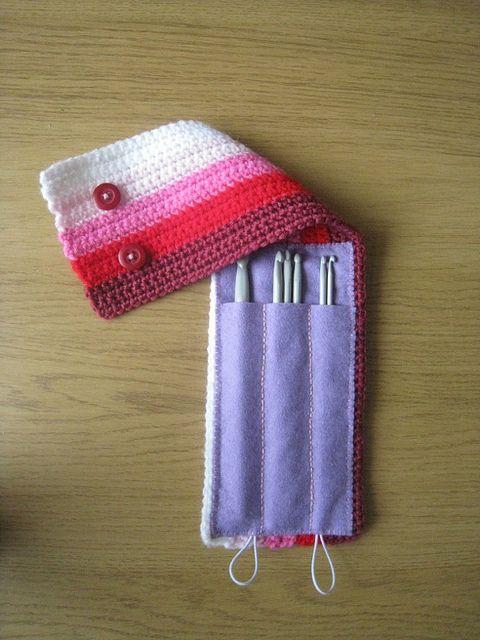 Great crochet hook case - Inspiracion - ✿Teresa Restegui http://www.pinterest.com/teretegui/✿