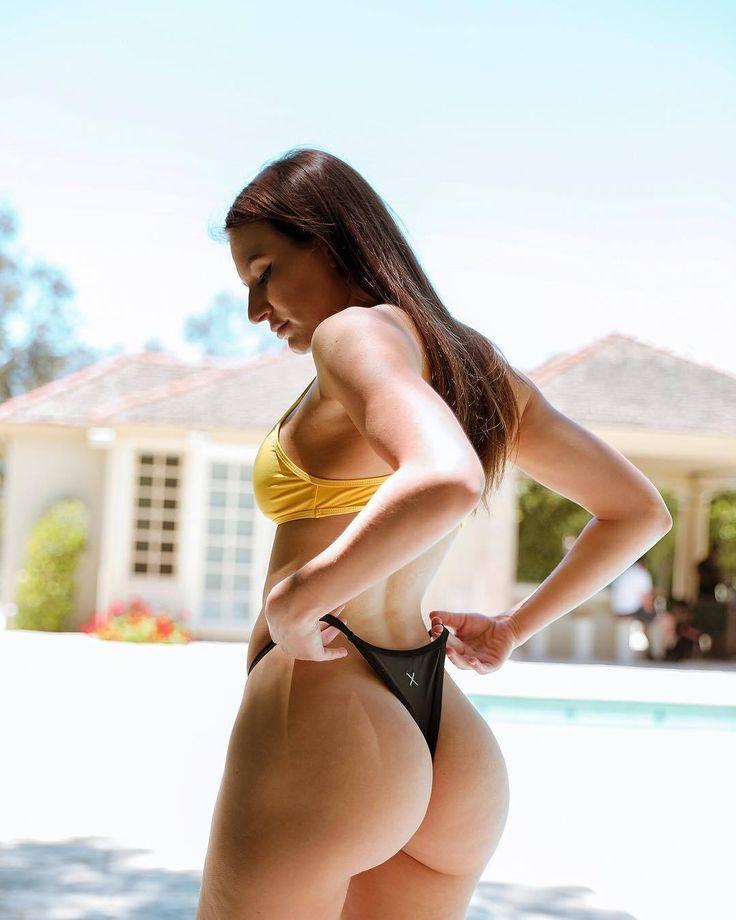 Elizabeth zaks youtube bikini whore - 4 3