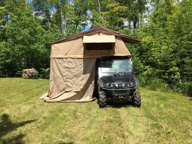 Medium Sized Roof top tent sleeps about 2 People