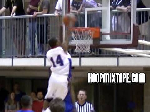 5'8 Phil Pressey's INSANE DUNK Over 6'8 Defender!?! Crazy Poster!