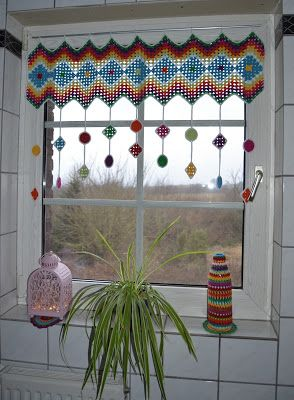 Atelier Marie-Lucienne: How-to Granny Square Curtain / Anleitung Granny Sq...