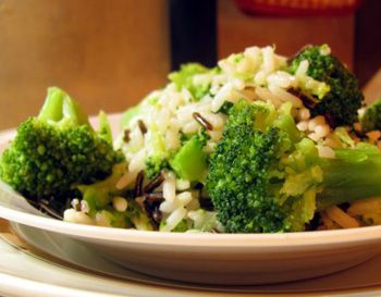 Рис с брокколи и цветной капустой