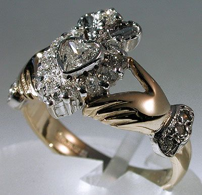 Super Best 25+ Claddagh rings ideas on Pinterest | Irish claddagh ring  JO74