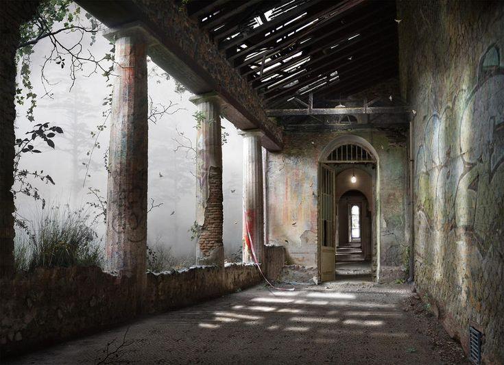 Suzanne Moxhay | Corridor