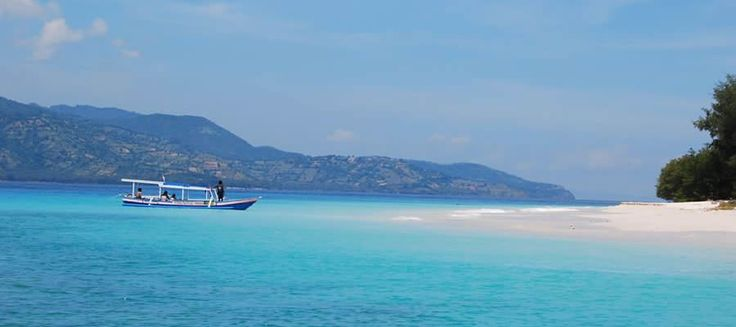Villa Sapi | 5 bedrooms | www.baliultimatevillas.net #bali #eventvillas #beachfront #lombok