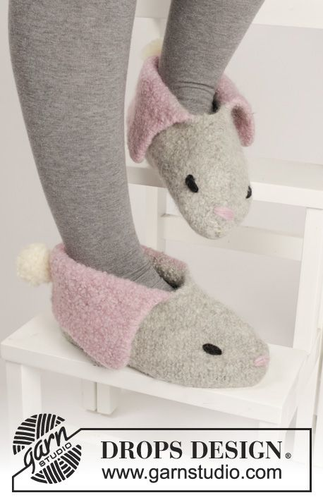 "#DROPSDesign #Easter: Knitted and felted bunny slippers in""Eskimo""."