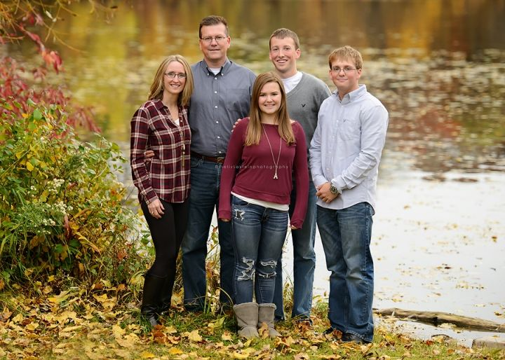 Ham Lake Family Photographer Fall Photos With Teens And Older Kids Adult Children