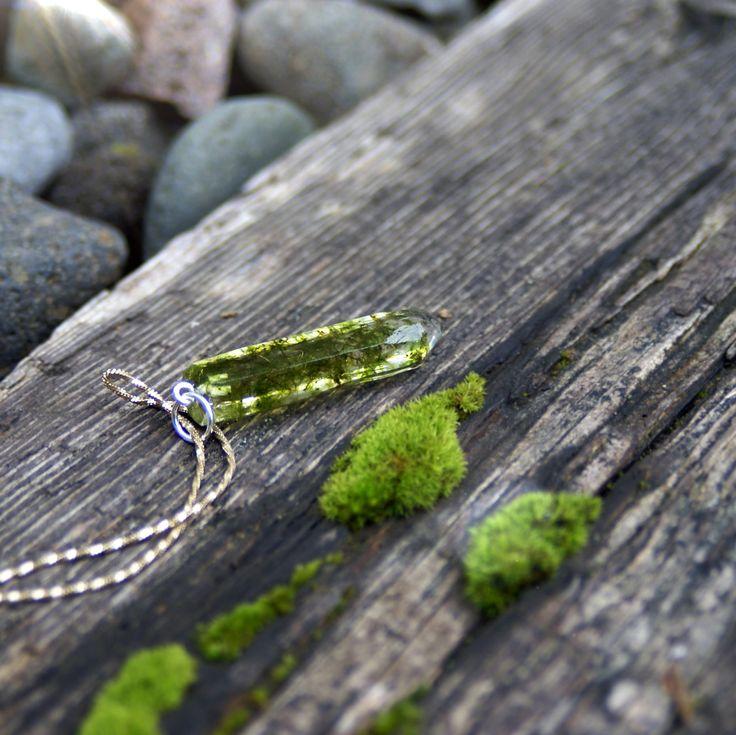 Crystal moss resin pendant Modernflowerchild.com