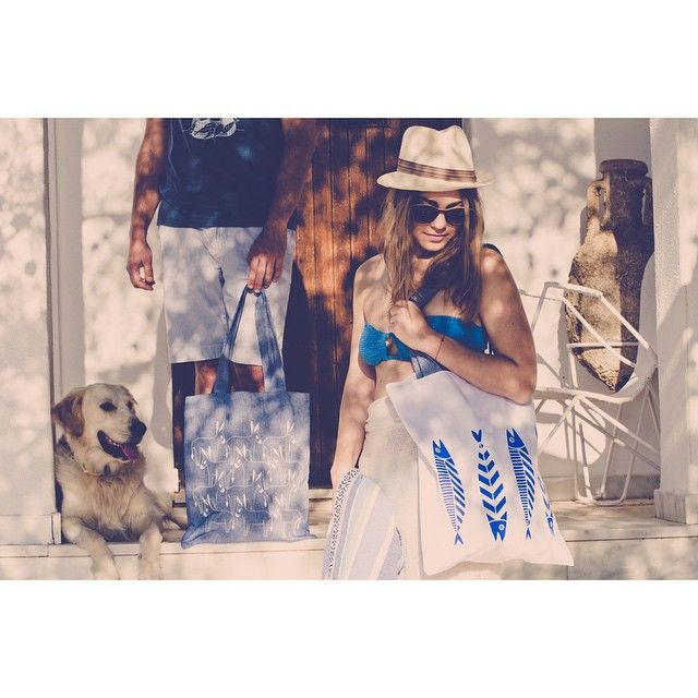 Off to the beach  #thebluewhite #summer #greece #island #beachlife #swim #cyclades #totebag #ramonthedawg