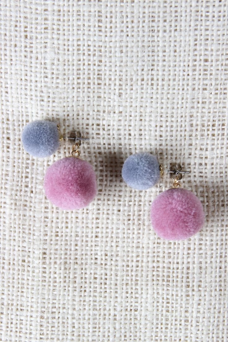 Playful Pom Pom Earring With Pom Pom Jacket