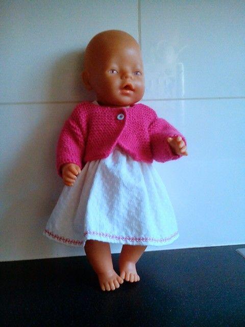 Set van zomerovergooiertje, bolero en broekje. Geschikt voor 43cm poppen (bijv. Babyborn) FB: Helma's Poppenkleding
