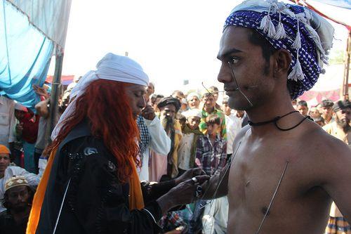 Hyder Ali Baba Pierces His Son At Makanpur Urus  2013