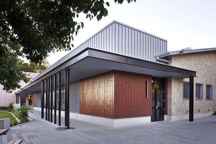 Newman Theatre, Wilderness School by Grieve Gillett Andersen Architects, Adelaide South Australia Photo: Sam Noonan