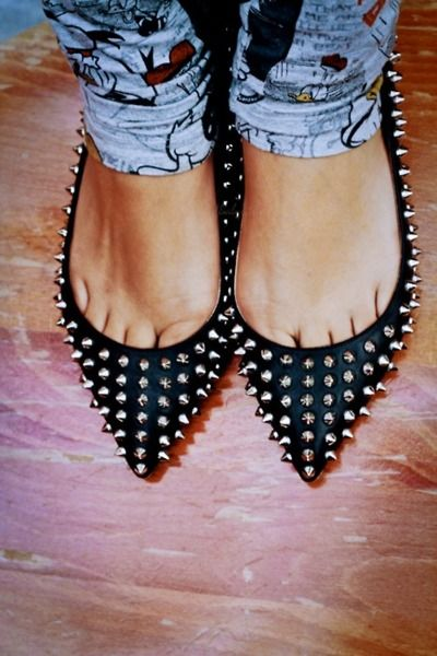 Christian Louboutin Pigalle Spiked Ballerina Flats.Spikes Flats, Fashion Style, Flats Shoes, Spikes Ballerinas, Studs Flats, Toes, Pigale Spikes, Christian Louboutin, Ballerina Flats