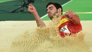 Jorge Ureña, medalla de plata en heptatlón en los Europeos http://www.sport.es/es/noticias/campeonato-europa-atletismo-2017/jorge-urena-medalla-de-plata-en-heptatlon-en-los-europeos-5877956?utm_source=rss-noticias&utm_medium=feed&utm_campaign=campeonato-europa-atletismo-2017