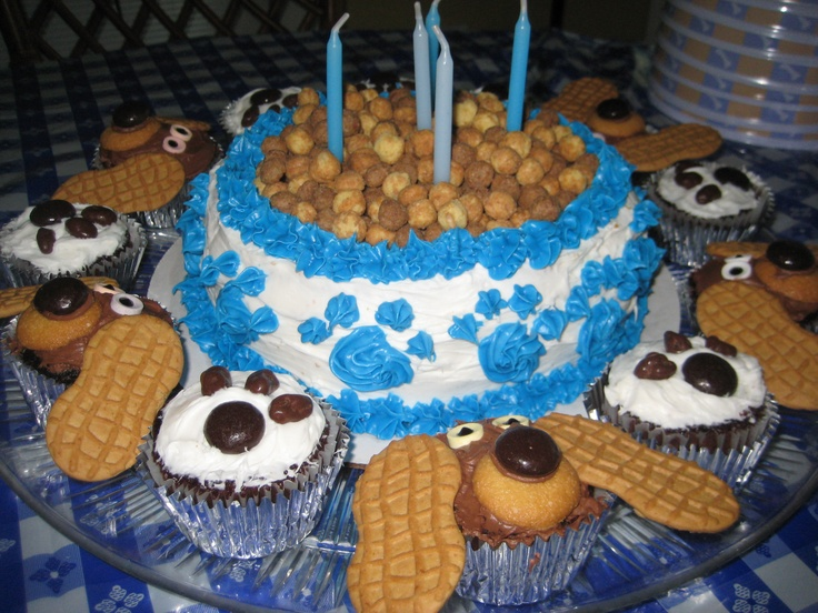 17 Best Images About Paw Print Cake On Pinterest Poodles