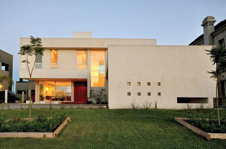 Quimilar House #Architecture #Design #Arquitectura #Disenio #Casas #Houses #Fachada