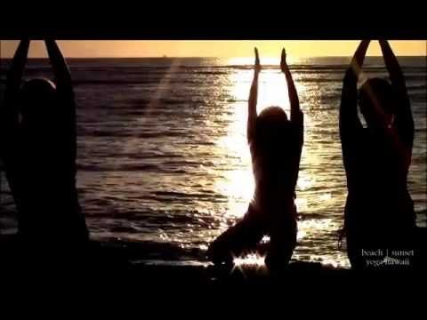 Beach | Sunset Yoga Hawaii | Wellness Retreats - Beach Yoga Hawaii | San Diego in Waikiki, Honolulu ビーチヨガハワイ La Jolla, San Diego