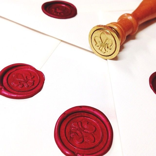 Practice makes perfect! #waxstamp #traditional #waxseal