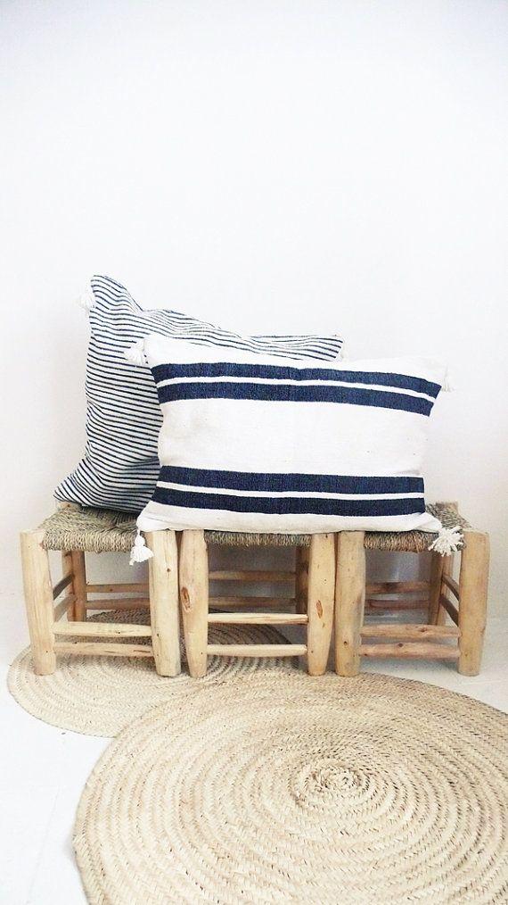 Moroccan POM POM pillow cover  cotton black por lacasadecoto