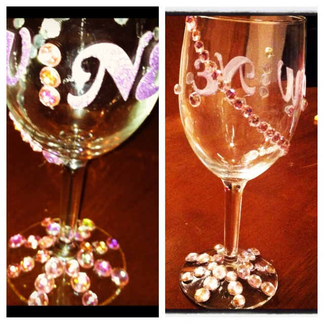 Bedazzled wine glass: Wine Glass