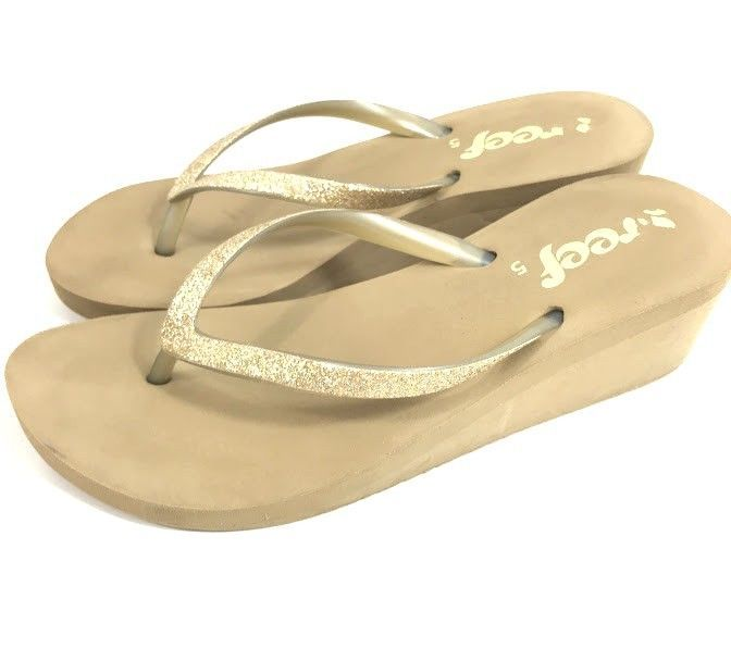 0dee518abad7 Reef Womens Flip Flop Sandals Gold Sparkles Size 5 Glitter Thongs Wedge Heel   Reef  FlipFlops  Casual
