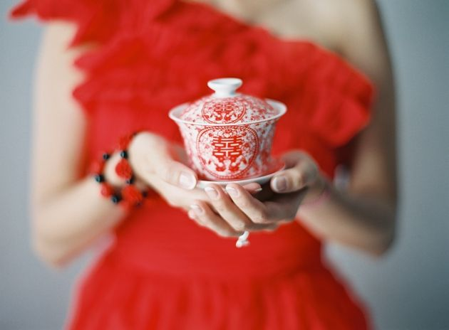 Chinese tea ceremony in Santorini by Stella & Moscha