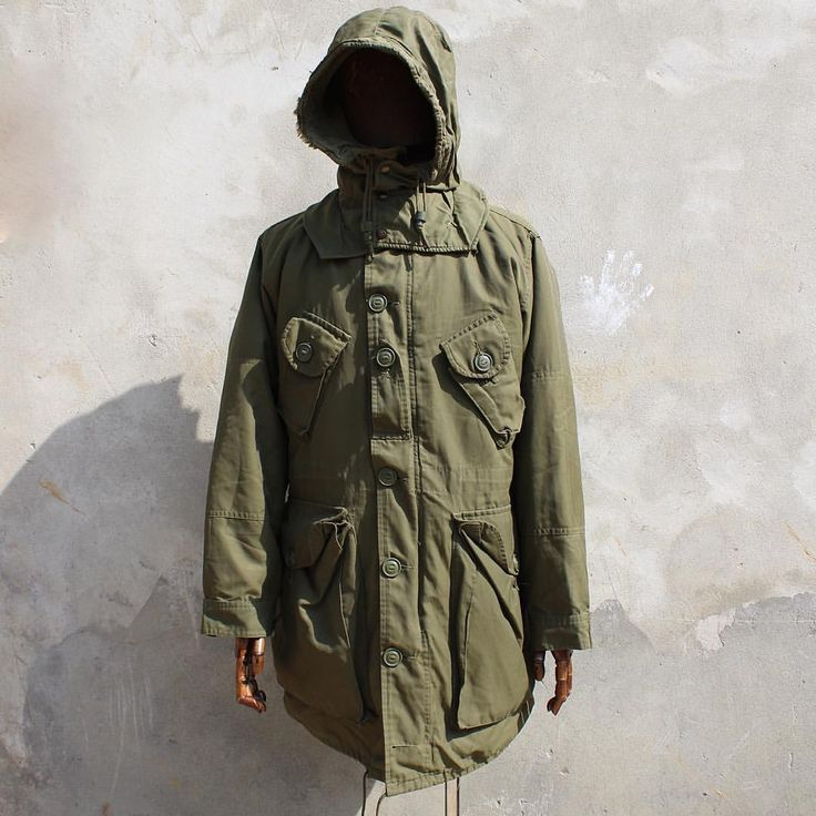 Vintage Canadian army extreme cold weather Parka.