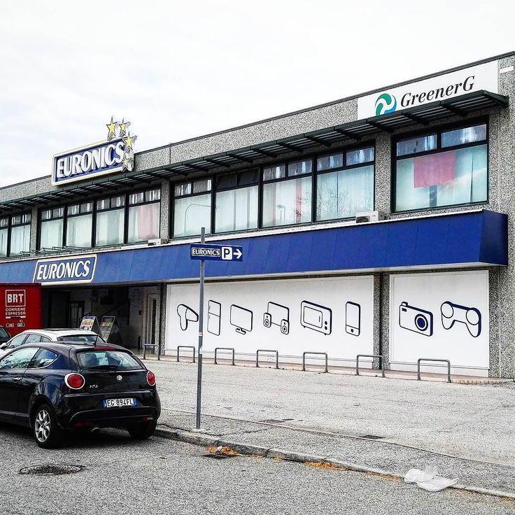 Euronics - Gruppo Cerioni S.p.A. - Allestimento punto vendita Pesaro.  ##allestimento #puntovendita #negozio #pesaro #vetrofanie #vinili #adesivi #montaggio #stampa #digitale #print #pannelli #dibond #forex #personalizzazione #prespaziati #adigital #signs