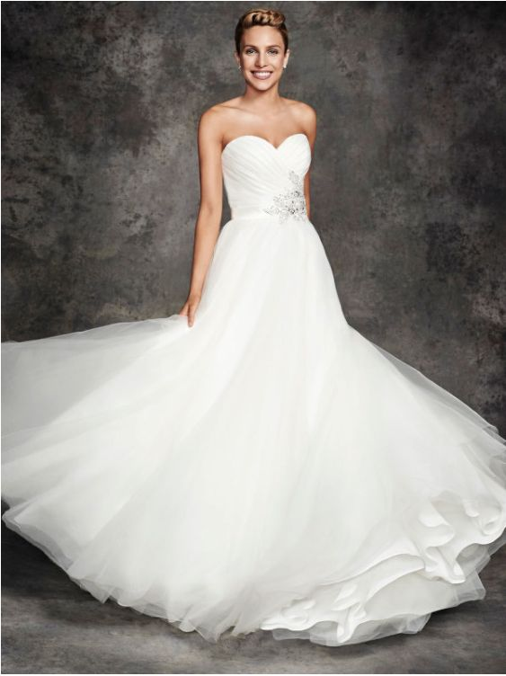 Wedding Gown ~ Ella Rosa BE264