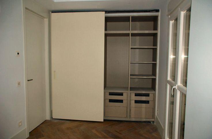 Puerta y armarios de frentes correderos de habitaci n en - Puertas para viviendas ...
