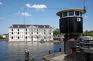amsterdam bridge watchers house