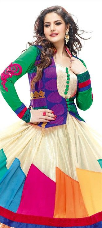 97966: Zarine Khan modeled Anarkali suits! #bollywood