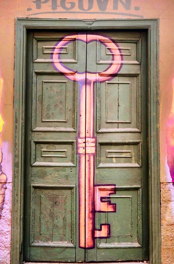 Door | ドア | Porte | Porta | Puerta | дверь | Sertã | Santiago, Chile