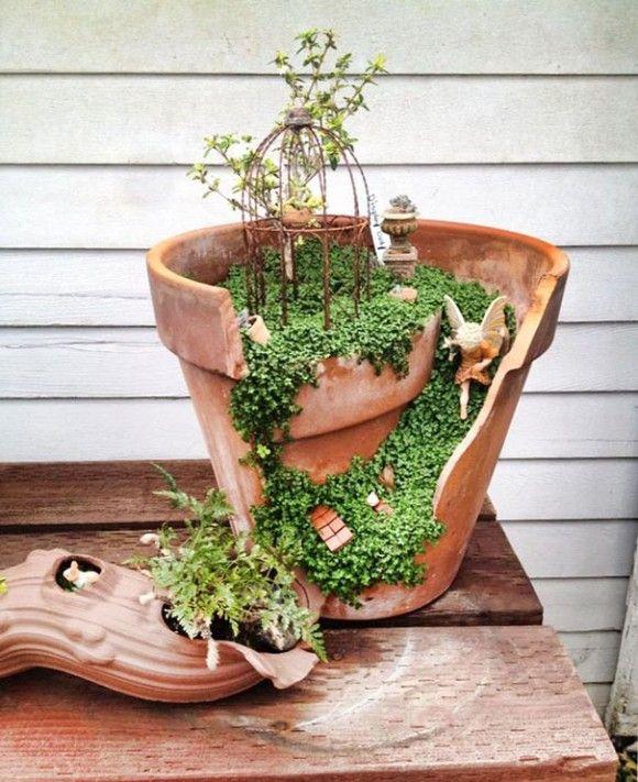 5_e14 これは斬新!壊れた植木鉢をつなぎ合わせて作る、ラピュタ「天空の城」みたいなプランター
