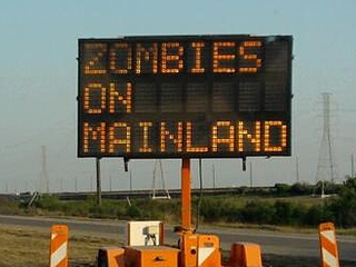 ...pretty funny if you're not on the mainland.Islands Causeway, Pretty Funny, Justin Bieber, Roadside Attraction, Roads Signs, Eating Justin, Funny Stuff, Roadside Treasure, Galveston Islands