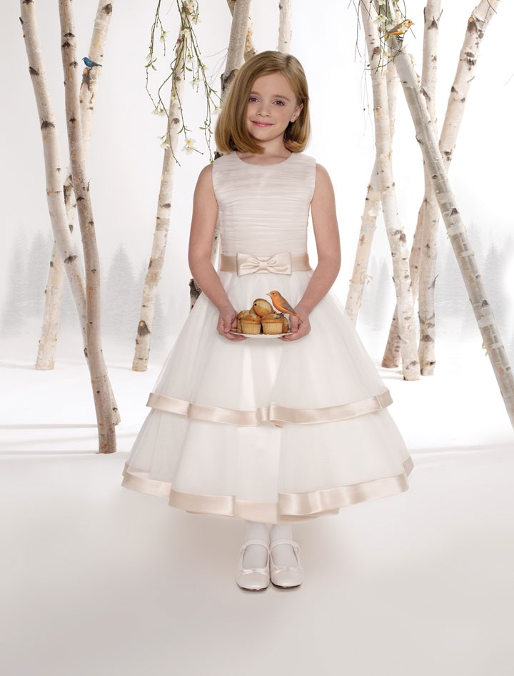 Perfect A-line tulle sleeveless flower girl dress: Flowers Girls Dresses, Jewels Neckline, Teas Length, Communion Dresses, Tulle Skirts, Dresses Style, Girls Generation, Bridal Parties Dresses, Wedding Parties Dresses