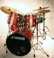 Como isolar um quarto acusticamente para tocar bateria