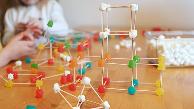 simple open-end construction with gummy sweets and toothpicks!