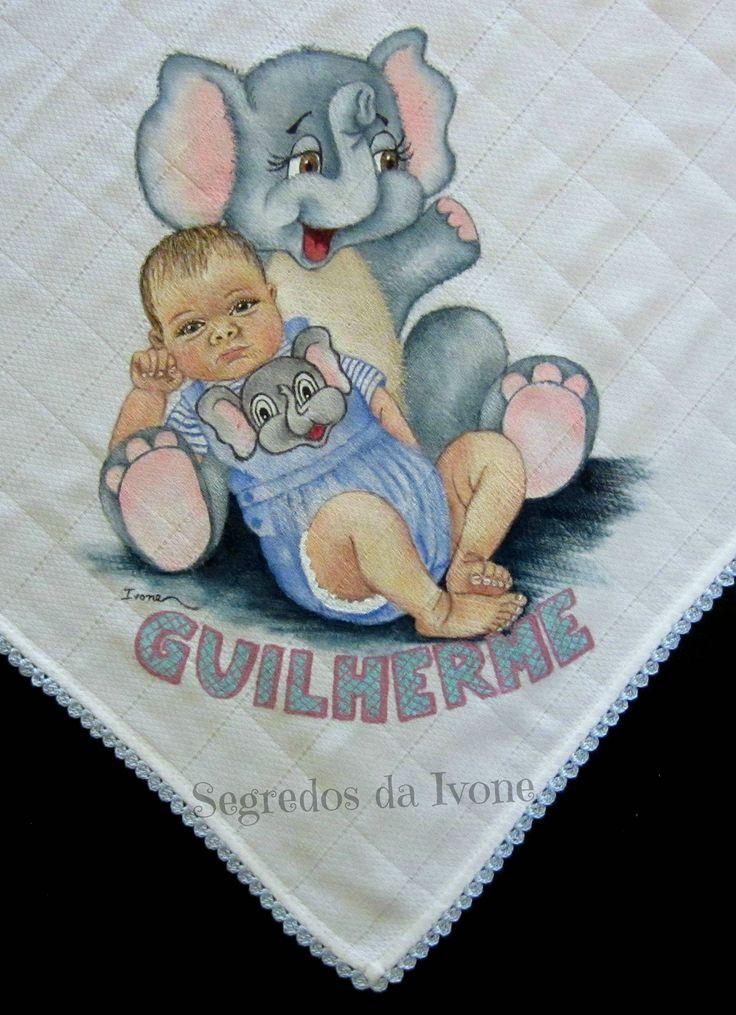 BE109- Pintura e crochet na fraldinha do Guilherme