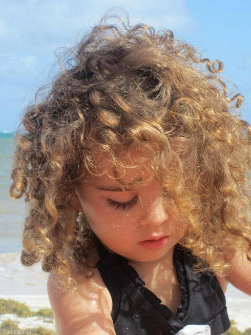 Those curls!  Cute little Portia Umansky, daughter of Kyle Richards & husband, Maricio ~Beverly Hills Housewives