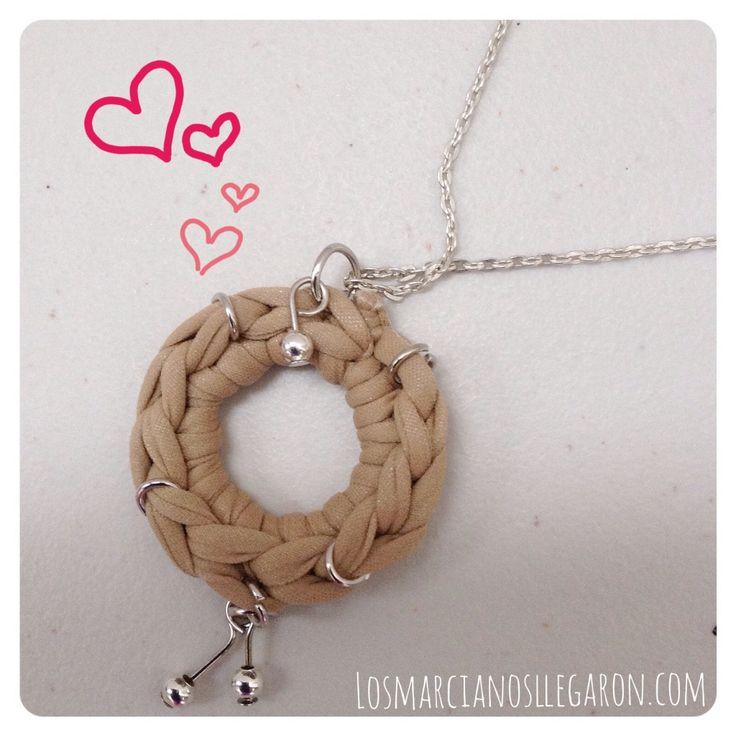 Un dije hippie chic reciclando #Nylon #Bisuteria #Jewelry #DIY #Reciclaje #Recycling #Crochet