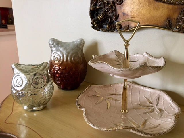 Excited to share the latest addition to my #etsy shop: Georgeous Vintage Pink with Gold California USA Pottery 2 Tier Server